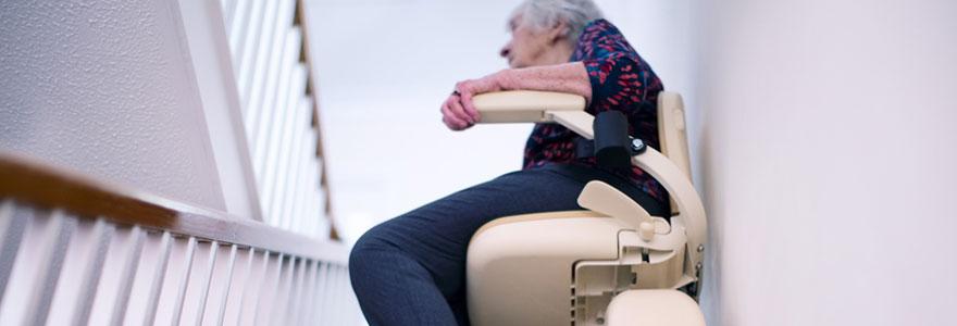 Monte escalier pour personne à mobilité réduite